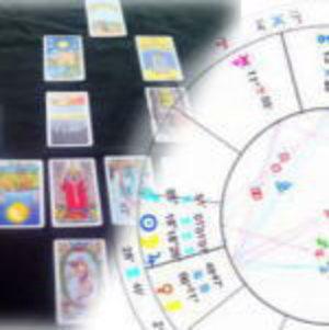 占いで使う占星術のホロスコープとタロット