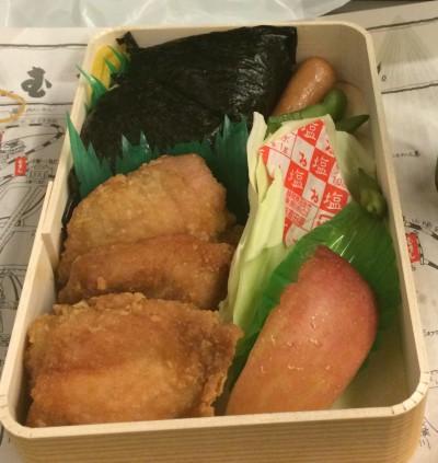 むさしの弁当、若鶏むすび