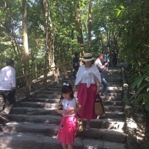 多賀宮へは石段を上がります