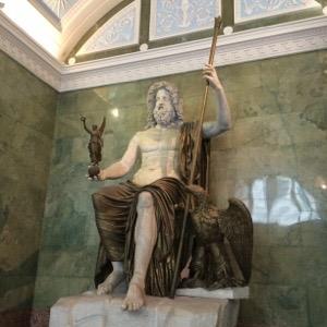 木星神、ジュピターの像